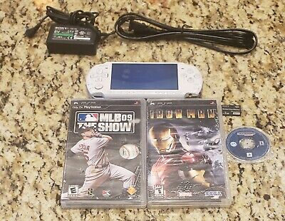 Sony PSP 3001 WHITE PSP WITH CHARGER 3 GAMES  NEW BATTERY & BLACK BATTERY COVER