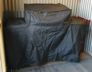 Barbeques Galore BBQ Cover Heavy Duty for 4 Burners 2 Shelves BBQ NEW