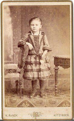 CDV Foto Niedliches kleines Mädchen - Kitzingen 1880er