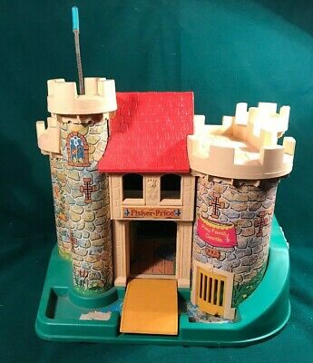 "Vintage 1970s Fisher Price Little People "" Play Family Castle ""  #993 working"