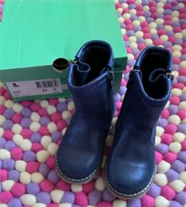 Toddler boots - size 24 Gwandalan Wyong Area Preview