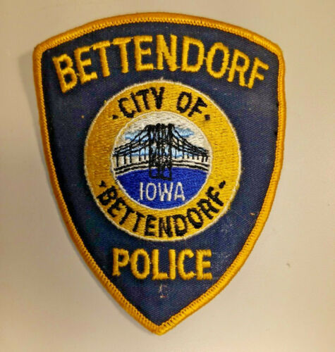 Vintage Bettendorf Iowa Police Shoulder Patch Embroidered  Cheesecloth
