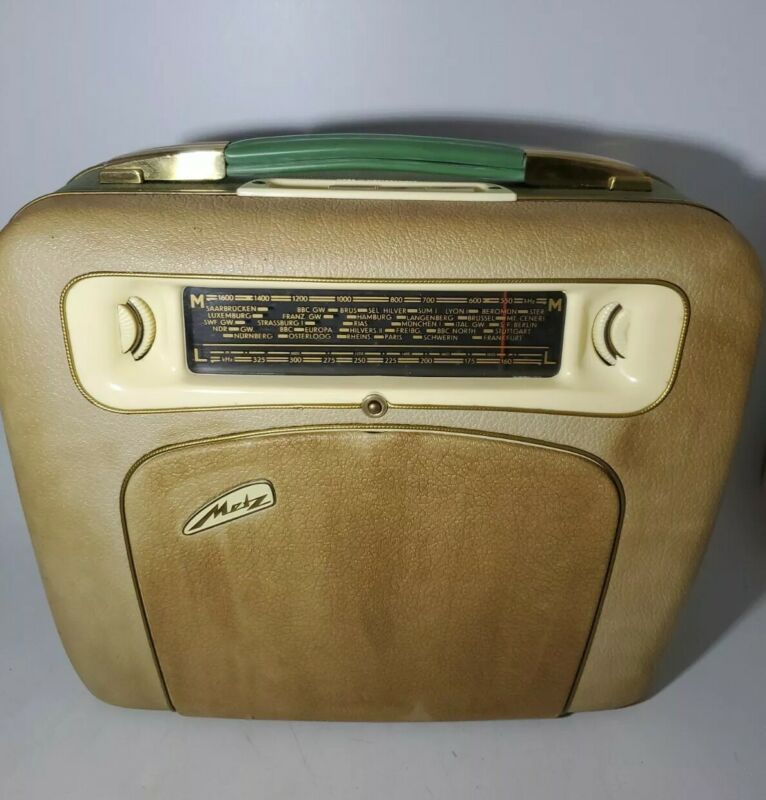 Rare Vintage Metz Babyphon Portable Radio & Record Player NOT WORKING
