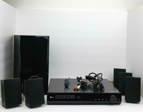 LG 3D Blu Ray Home Theater System 5 Small 1 Large Speaker Model BH5140S