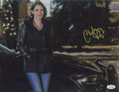 Supergirl Chyler Leigh Autographed Signed 11x14 Photo ACOA