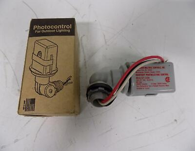 Precision St-168 Raintight Photoelectric Control Nib