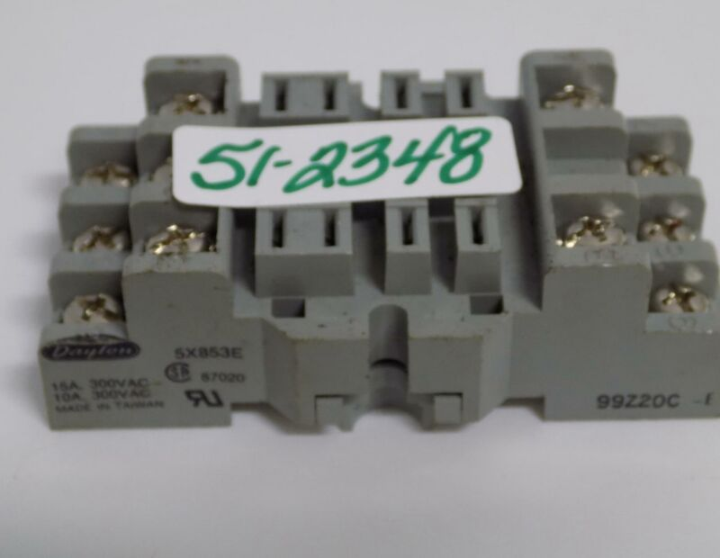 DAYTON 15AMP 300VAC RELAY SOCKET BASE 5X853E