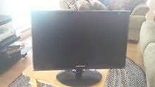 Samung 20'' LCD Monitor for Sale