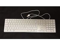 Genuine Apple A1243 USB Aluminium Wired Keyboard with Numeric Keypad very good condition