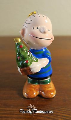 1970's Peanuts Linus with Christmas Tree Ceramic Christmas Ornament Nice!