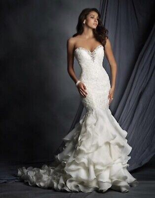 Alfred Angelo wedding dress style 2527 size 26w white/silver