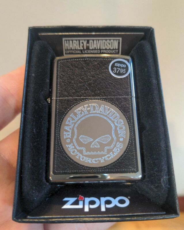 Harley Davidson Willie G Skull Zippo, Etched With Distressed Leather Look Model