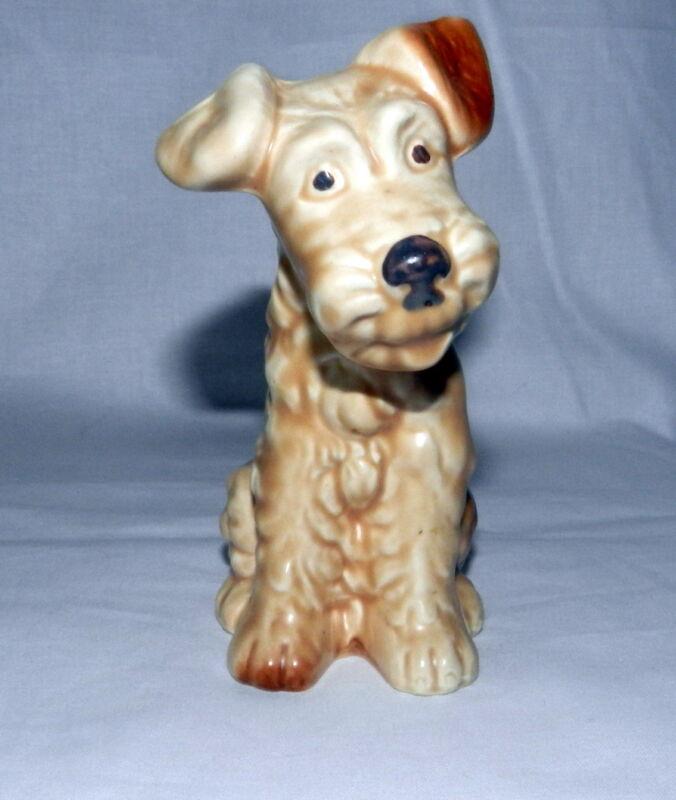 VINTAGE BEAUTIFUL SYLVAC Signed ENGLAND TERRIER SITTING PUPPY DOG FIGURINE