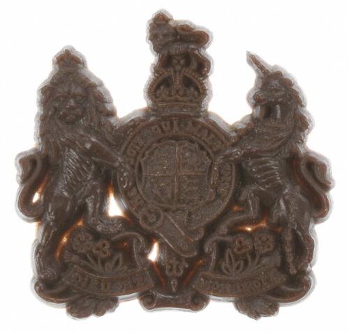 British Royal Army Cap Badge, Plastic