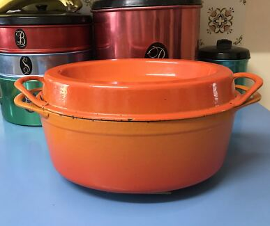 OVAL DOUFEU DUTCH OVEN #16   Stoneville Mundaring Area Preview