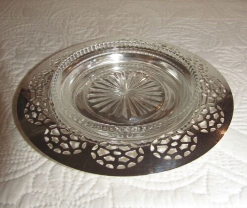 Vintage Wm A Rogers Silverplate Wine Bottle Champagne Coaster with Glass Insert