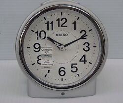 SEIKO BEDSIDE ALARM CLOCK SILVER TONE METALLIC CASE WITH QUIET SWEEP QHE117SLH