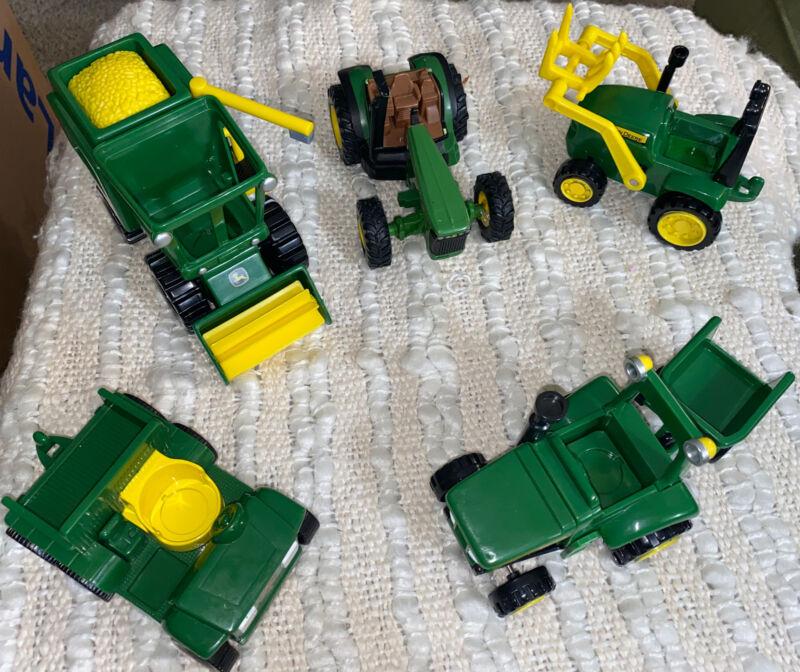 John Deere Tractors Set