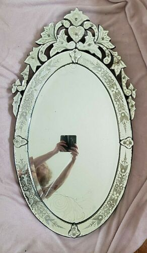 """Beautiful Antique Oval with Crest Venetian Wall Mirror Etched 42.5"""" x 23.5"""""""