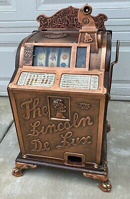 Vintage The Lincoln De Lux Play Nickel Coin Operated Slot Machine by Watling