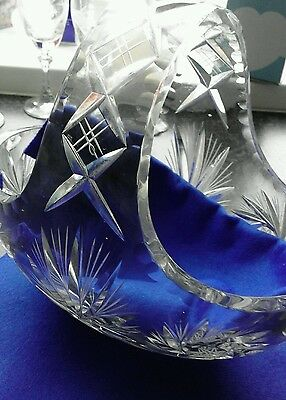 �� REDUCED START PRICE Large heavy cut crystal basket ��