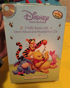 Winnie the Pooh clock, lamp and books with cds London Ontario image 4