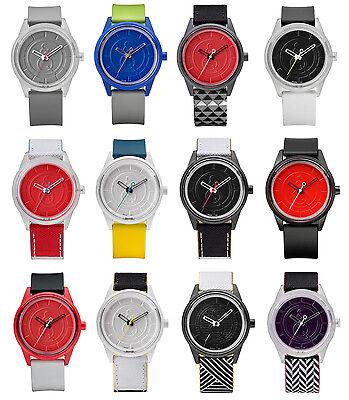 Q&Q Smile Solar Armbanduhr Uhr Damen Silikon Gummi Bunte Solaruhr Uhren Unisex