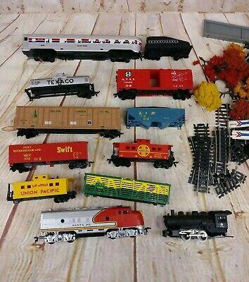 Life-Like Trains Rail Runner Train Set
