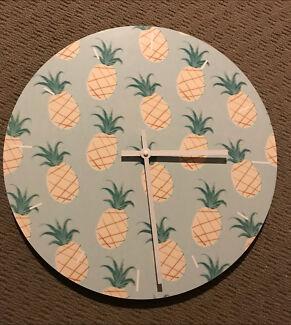 Pineapple 🍍 clock