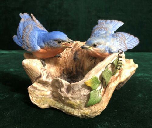 Edward Marshall BOEHM Porcelain Figurine True Blue Friends Bluebirds #40589