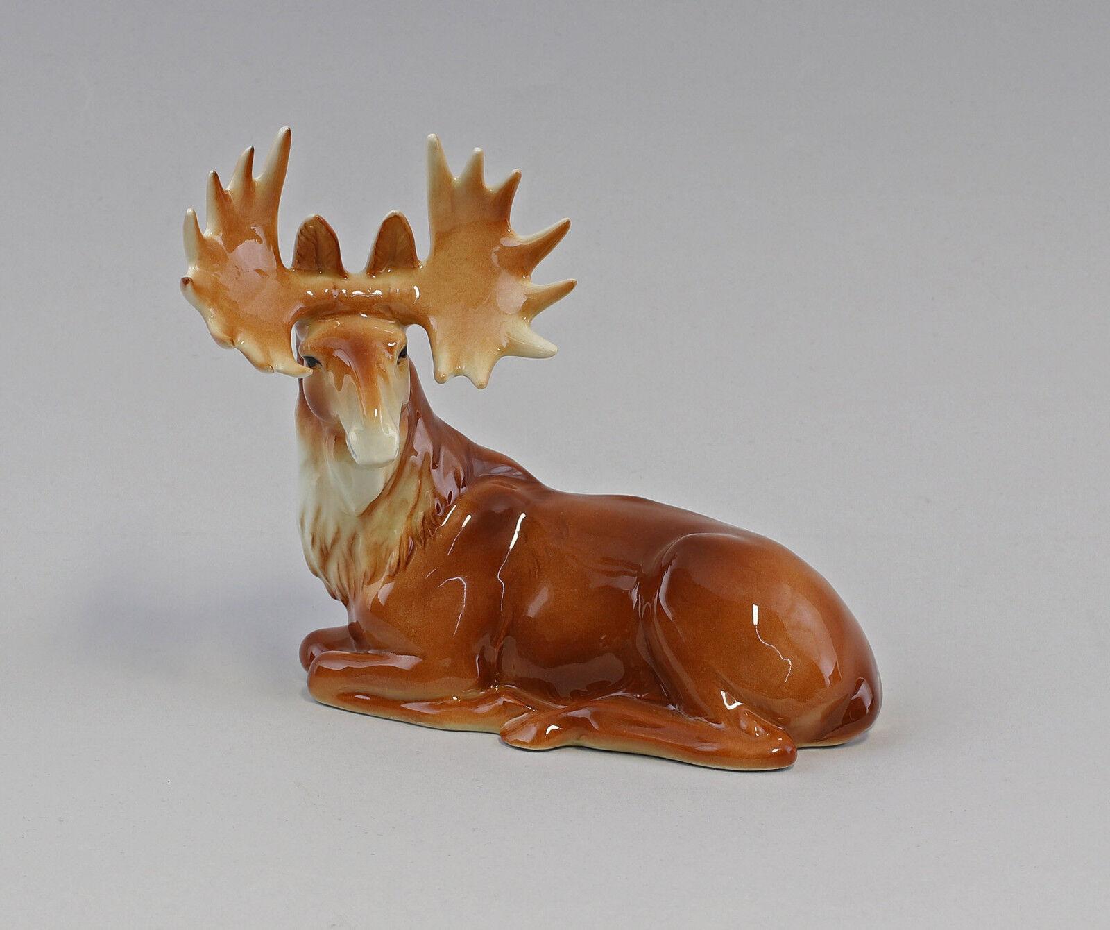 a3-42783 Figurine porcelain Moose Lying Coloured Bisque Wagner&Apel 17x15cm