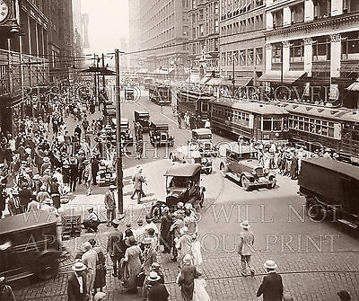Chicago IL State Street 1920s downtown photo CHOICES 5x7 or request 8x10 or (State Street Downtown Chicago)
