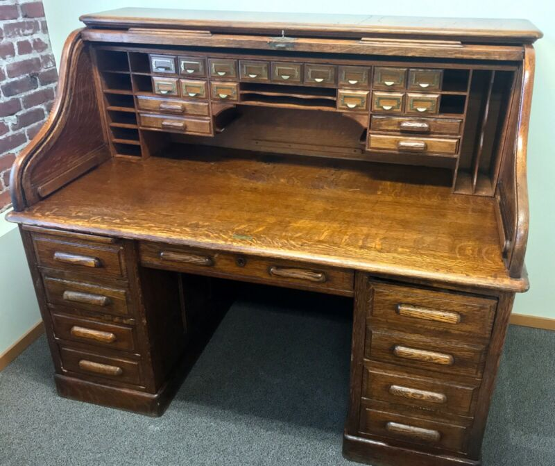 Large Antique Oak Roll-Top Desk, Circa 1890s, The Globe Co.