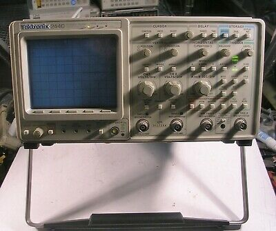 Tektronix Tek 2440 300 Mhz 500 Ms Digital Oscilloscope  Opt 03  A Probe