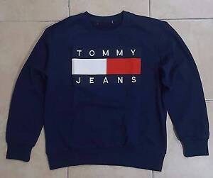 Tommy Hilfiger Jeans 90s Navy Vintage Sweatshirt Sweater Sz S Macgregor Brisbane South West Preview