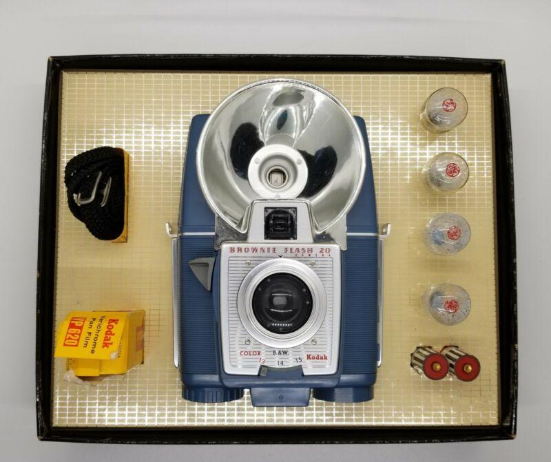 Kodak Brownie Flash 20 Cámara Mint Condition All original parts