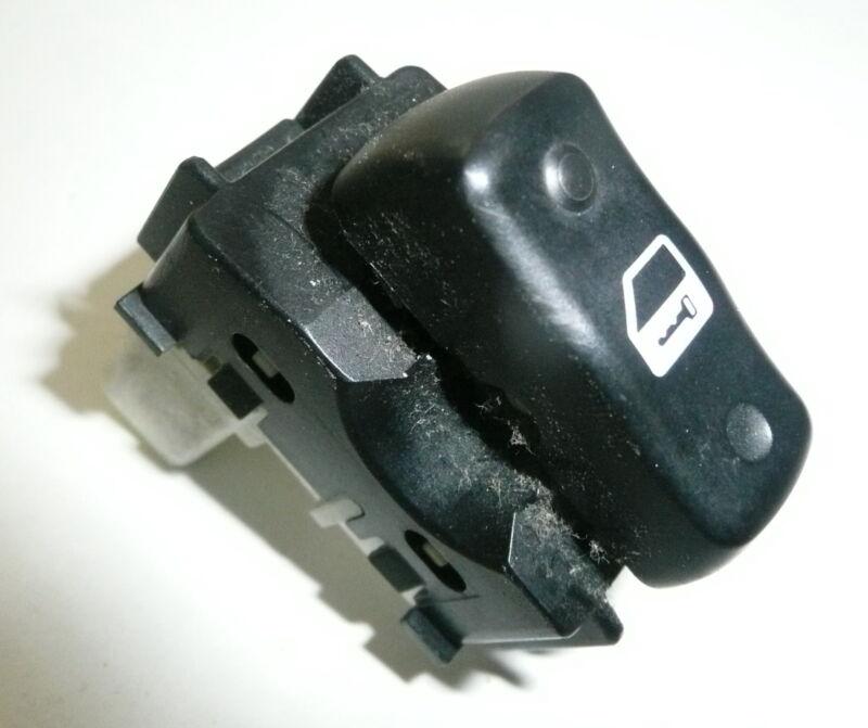 Lexus GS GS300 GS430 MK2 Black Front Passenger Side Central Lock Switch Left