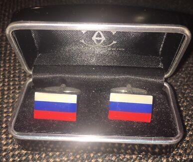 Russian flag cuff link