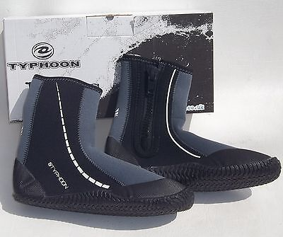 TYPHOON Z3 ZIPPED UK 7 WATERSPORTS NEOPRENE WETSUIT FLEXIBLE BOOTS AQUA SHOES
