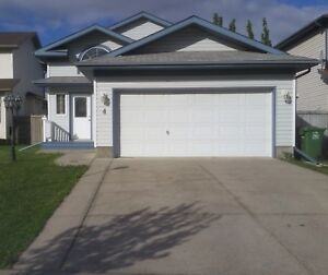 FOR RENT - ST ALBERT BI LEVEL