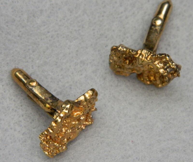 405#J-- Cuff Links Nugget Design Gold Tone Vintage