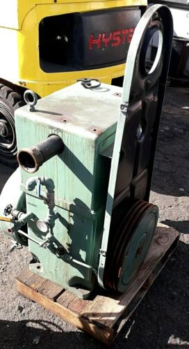 STOKES EDWARDS OIL-SEALED ROTARY PISTON VACUUM PUMP TYPE 212H_FOR PARTS FCFS~