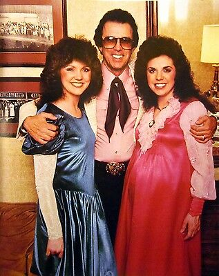 THE WHITES Cheryl & Sharon country clipping '80s Buck color photo Grand Ole Opry