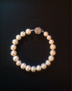 Ivory fresh water pearl bracelet with diamanté magnetic clasp Neutral Bay North Sydney Area Preview
