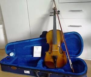 Violin Stentor full size 4/4 Case Bow Rosin Chadstone Monash Area Preview