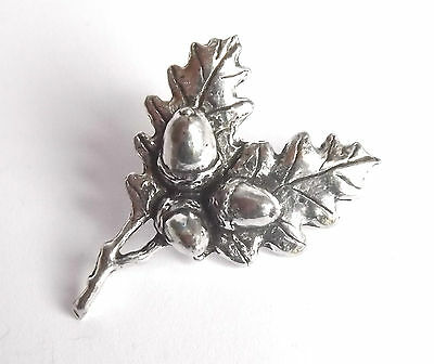 """OAK LEAVES """"Birds, Animals & Nature"""" Hand Made in UK Pewter Lapel Pin Badge"""