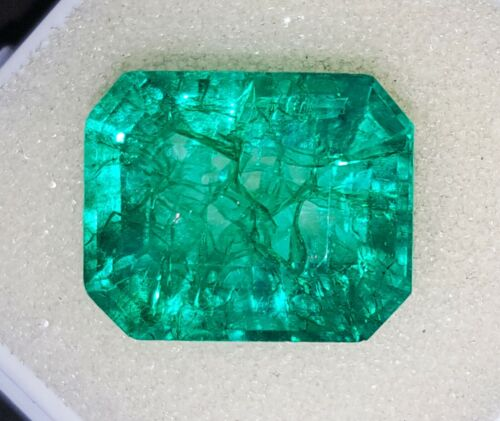 Natural Emerald Loose Gemstone 7.85 Ct Certified With Free Shipping
