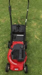 Victa 2 Stroke lawn mower Port Noarlunga Morphett Vale Area Preview