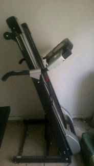 Treadmill for sale $300(pick up only)