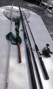 Surf Rod, 5 foot Rod with reel, Hand net, Hand spear Southport Gold Coast City Preview